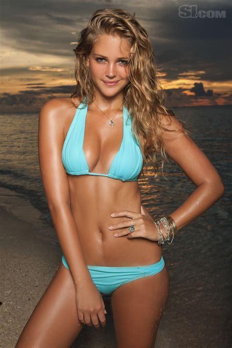 Esti Ginzburg Model Sports Illustrated Swimsuit Edition Si Com