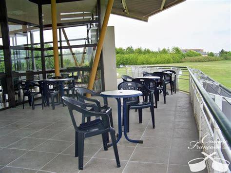 24 rue jacques becker bourges restaurant les terrasses du golf bourges cuisine fran 231 aise