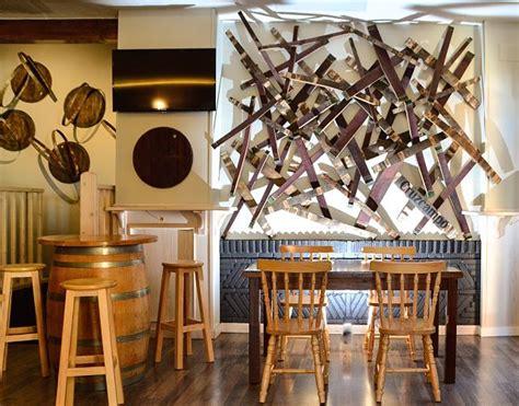 decoracion bar la ingeniosa decoraci 243 n de un bar con personalidad