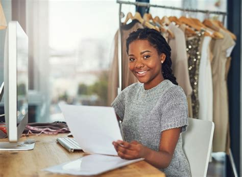 Mba Programs With Fashion Concetrations by Fashion Merchandising Associate Degree 183 Bay State College