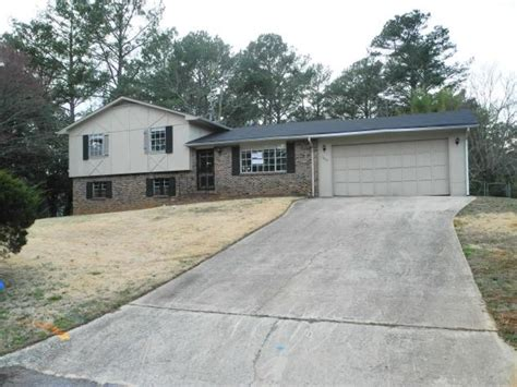 houses for sale in riverdale ga 105 peartree ln riverdale ga 30274 reo home details foreclosure homes free