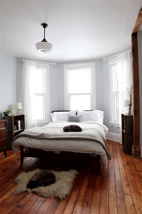 bedroom with bay window a bay and gable home in ontario s arts culture hub