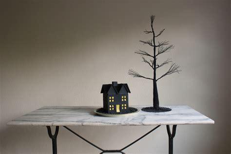 Diy Haunted House by Chalkboard Haunted House Diy