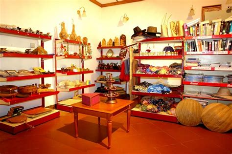Handcraft Shop - spices and handicraft shop backwater ripples kumarakom