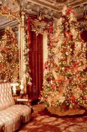 mansion parlor  christmas picture  victoria mansion