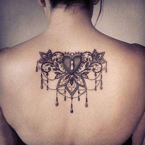 tattoo mandala jambe les 25 meilleures id 233 es concernant tatouages sur la cuisse