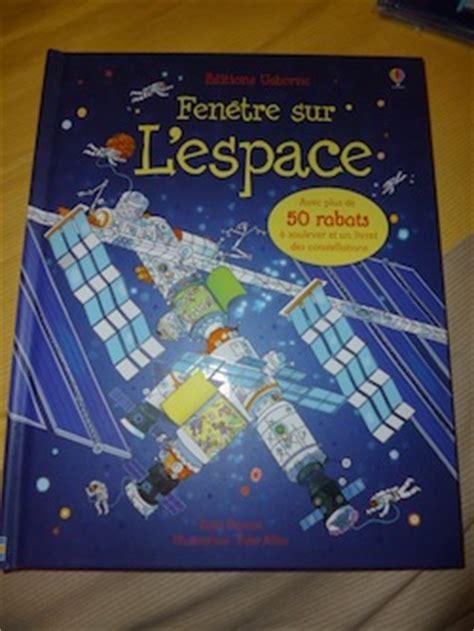 1409571122 l espace p tits curieux usborne voyage dans l espace avec vid 233 o liyah fr livre