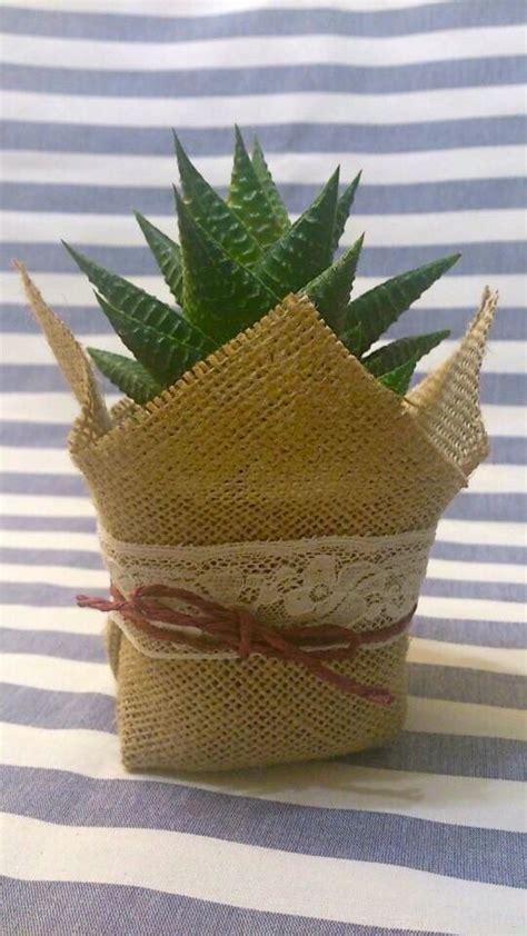 decorar macetas con arpillera sedeveria decorando con suculentas pinterest