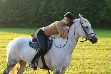 Sho Kuda Yang Kecil pangkahbulat kuda besar vs kuda kecil