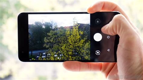 camcorder for android gets twist gesture in nougat dev preview 5 android authority