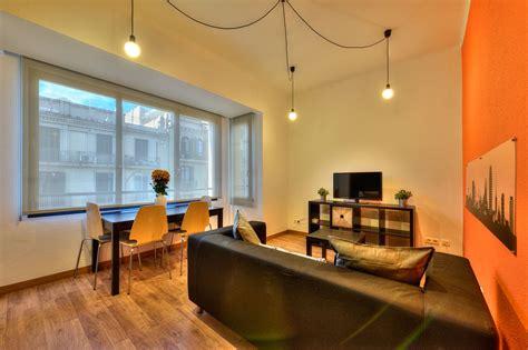 pisos de estudiantes barcelona bonita habitaci 243 n en piso universitario para estudiantes