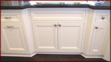 framed kitchen cabinets custom cabinets custom woodwork and cabinet refacing