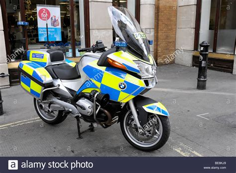 Bmw Motorrad England by Polizei Polizei Polizei Motorrad Bmw London England