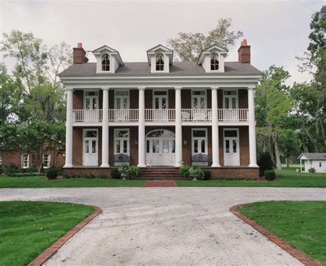 Southern Colonial House | southern colonial style home dutch colonial style homes