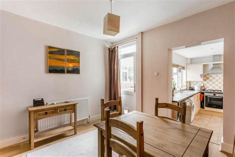 2 bedroom house bedford 2 bedroom terraced house for sale in bedford road southborough tunbridge wells tn4
