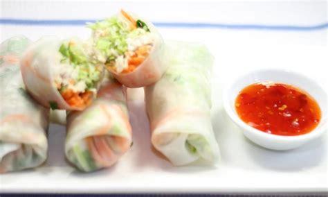 How To Make Chicken Rice Paper Rolls - thai chicken rice paper rolls kidspot