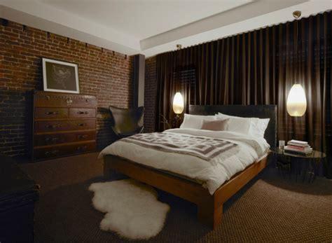 schrank neben bett ideen f 252 r m 228 nnliches schlafzimmer design