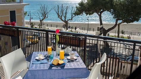 soggiorno costiera amalfitana dormire soggiorni e vacanze b b bed and breakfast a