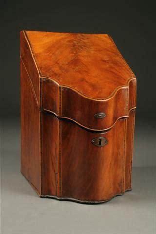 Box Hitam Outdoor Indoor Serbaguna 1285 federal knife box