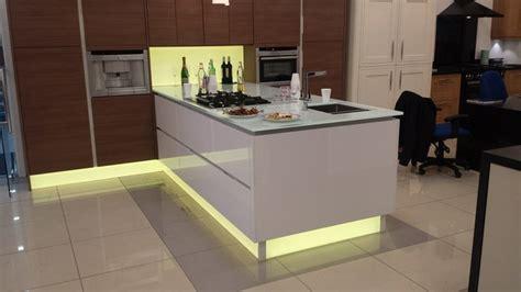 Kitchen Express Ltd Backlit Glass Plinths Splashback And Worktop Modern