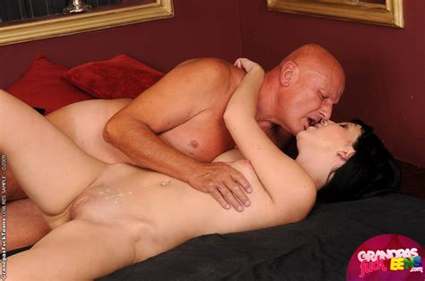 Hard Cocked Old Grandpa Fucking Horny Young Xxx Dessert