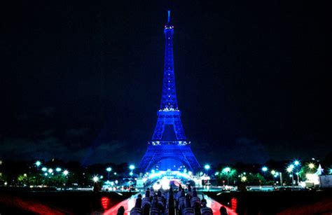 wallpaper paris biru eiffel tower turns blue ef tours travel blog the equator