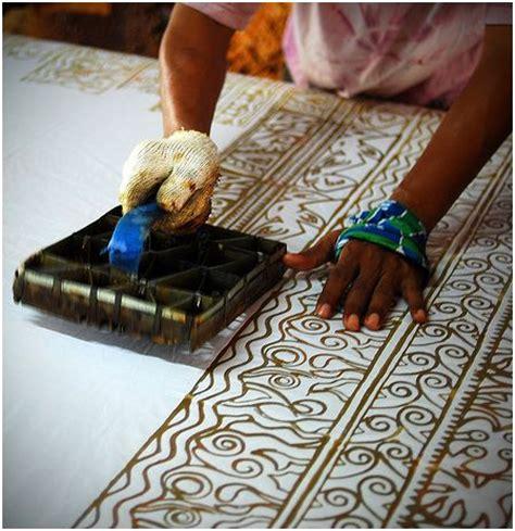 batik design procedure batik indonesia s official fashion red white indonesia