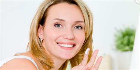 professional looks for female in mid 20s tips to anti aging skin care in your 20s 30s 40s and 50s