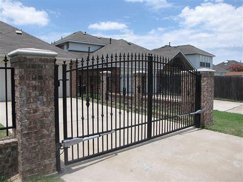 dual swing gate dual swing electric gates grider gates
