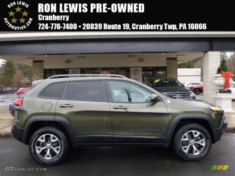 2015 Eco Green Pearl Jeep Cherokee Trailhawk 4x4