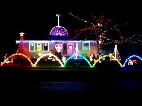 2011 lorentz family christmas light show the grinch