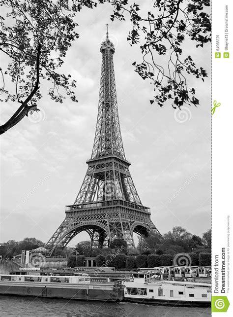 imagenes a blanco y negro de la torre eiffel torre eiffel blanco y negro imagen de archivo editorial