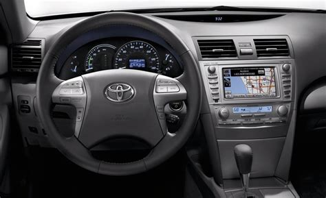 2010 Camry Interior by 2010 Camry Xle V6 Review Car News New Cars Car Reviews