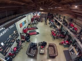 best 25 motorcycle garage ideas on motorcycle