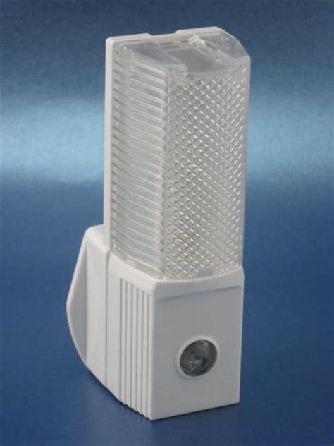 automatic night light bulbs auto night lights nta quality brand you can trust