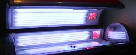 how to lay in a tanning bed how to lay in a tanning bed 28 images can you lay in a