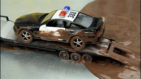 mudding cars police cars vs street racer the police cars stuck in the