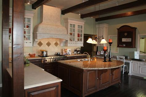 American Kitchens Designs Showcase Kitchens And Baths American Traditional Designs