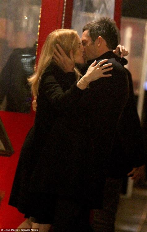 love from star couple become rivals outside the show kate winslet kisses handsome co star enrique murciano on