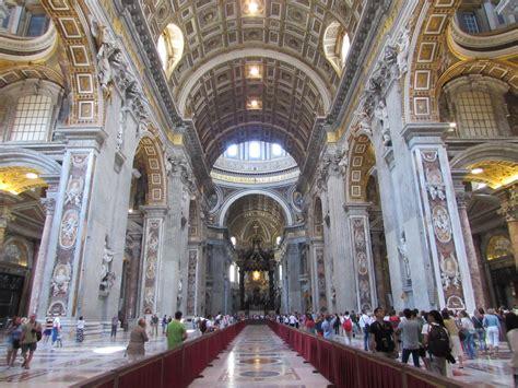 basilica san pietro interno file basilica san pietro din roma17 jpg wikimedia commons