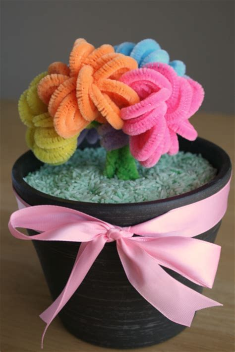 mother s day bouquet mother s day pipe cleaner bouquet fun family crafts