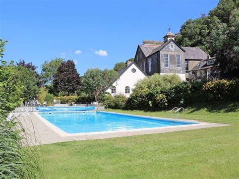country cottages with pools tuckenhay mill country cottages