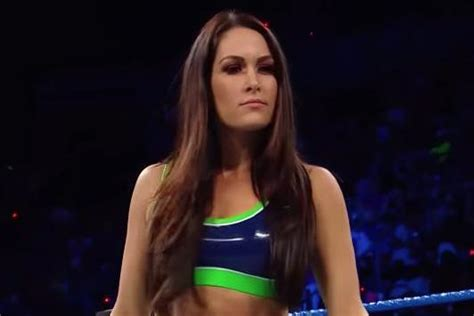 maryse bella wwe smackdown brie bella maryse have main event battle