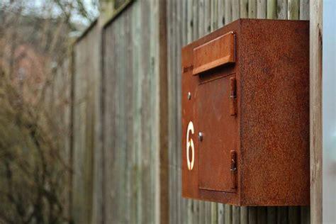 stahl k 252 che outdoor briefkasten aus corten stahl mit leuchtschrift