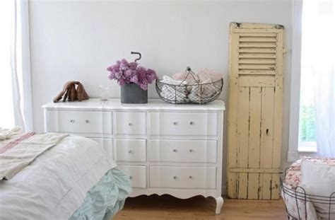 25 Shabby Chic Decorating Ideas To Brighten Up Home | 12 best shelf galleries images on pinterest
