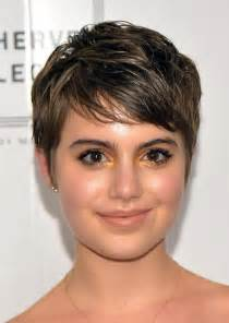 hairstyle for cheeks stylish short hairstyles for chubby face cinefog