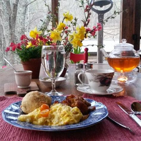 snug hollow farm bed and breakfast 12 fantastic bed and breakfasts in kentucky