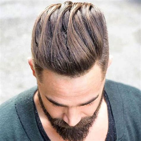 Hairstyles That Have Long Whisps In Back And Short In The Front | hairstyles that whisps in back and in the front 45