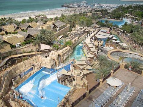 Overal Set Clarinta a tale of 2 dubai water parks aquaventure vs wadi