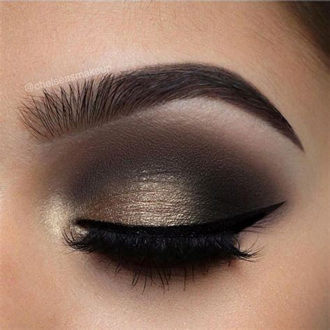 Podcast Look The New Smoky Eye by 25 Best Ideas About Smokey Eye Makeup On